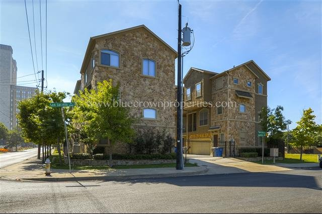 house for rent in 1534 sienna court dallas tx